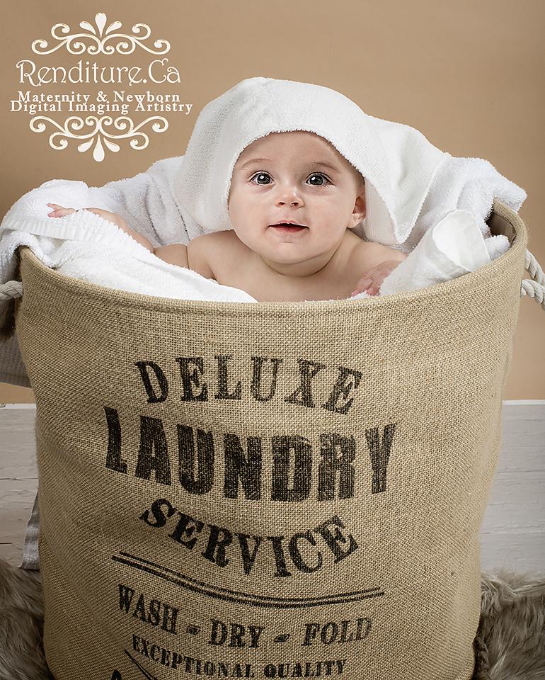 Saskatoon-Newborn-Family-Renditure-Baby-Photography-Photographer-Maternity-Pregnancy-Saskatchewan-58FBR.jpg