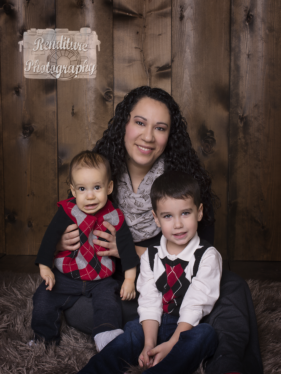 Valentine's,Family Photography,Saskatoon,Photographer,Maternity,Photography,Newborn,Photographers,Pregnancy,Family,Renditure,Child,Photos,Saskatchewan,YXE,SK,IVF