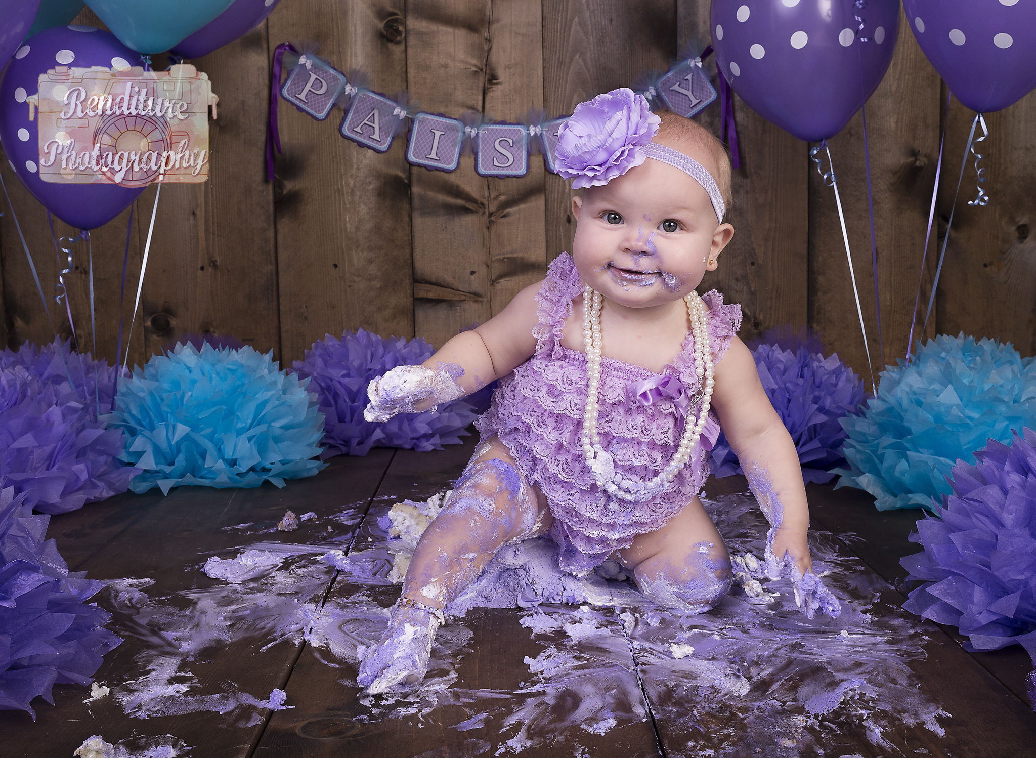 Saskatoon,Cake Smash,1 year,Birthday,Photographer,Baby,Photography,Photographer,Maternity,Pregnancy,Family, Renditure,Child,Infant,Tot,Kid,Photos,Saskatchewan,YXE,SK,Birthday Photographer,Saskatoon Photographer
