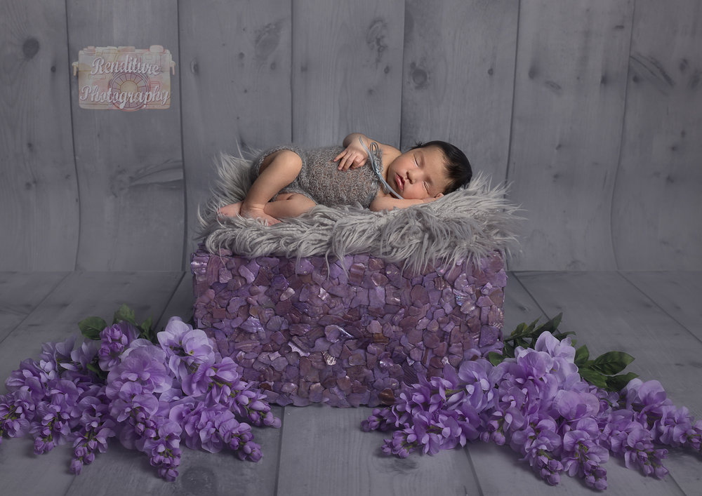 Saskatoon-Newborn-Family-Renditure-Photography-Photographer-Maternity-Pregnancy-Saskatchewan-Baby-607FBR.jpg