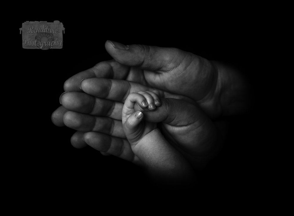 Saskatoon-Newborn-Family-Renditure-Photography-Photographer-Maternity-Pregnancy-Saskatchewan-Baby-609FBR.jpg