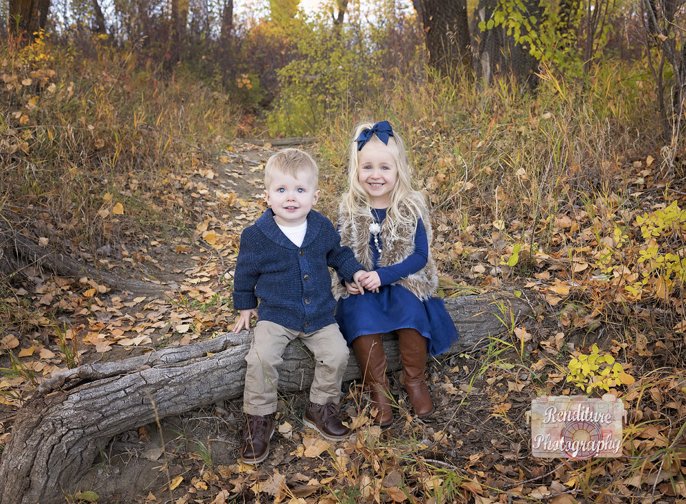 Saskatoon-YXE-Family-Renditure-Photography-Photographer-Fall-556FBR.jpg
