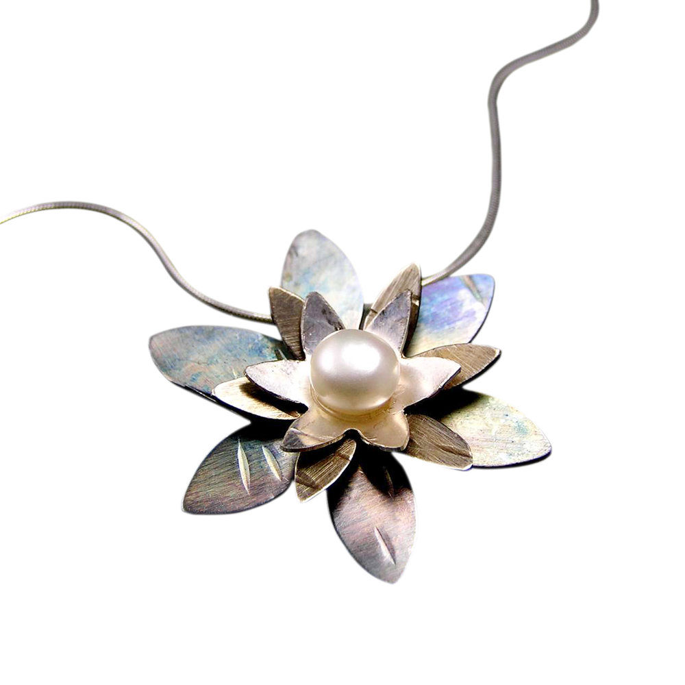 Single Lotus Necklace