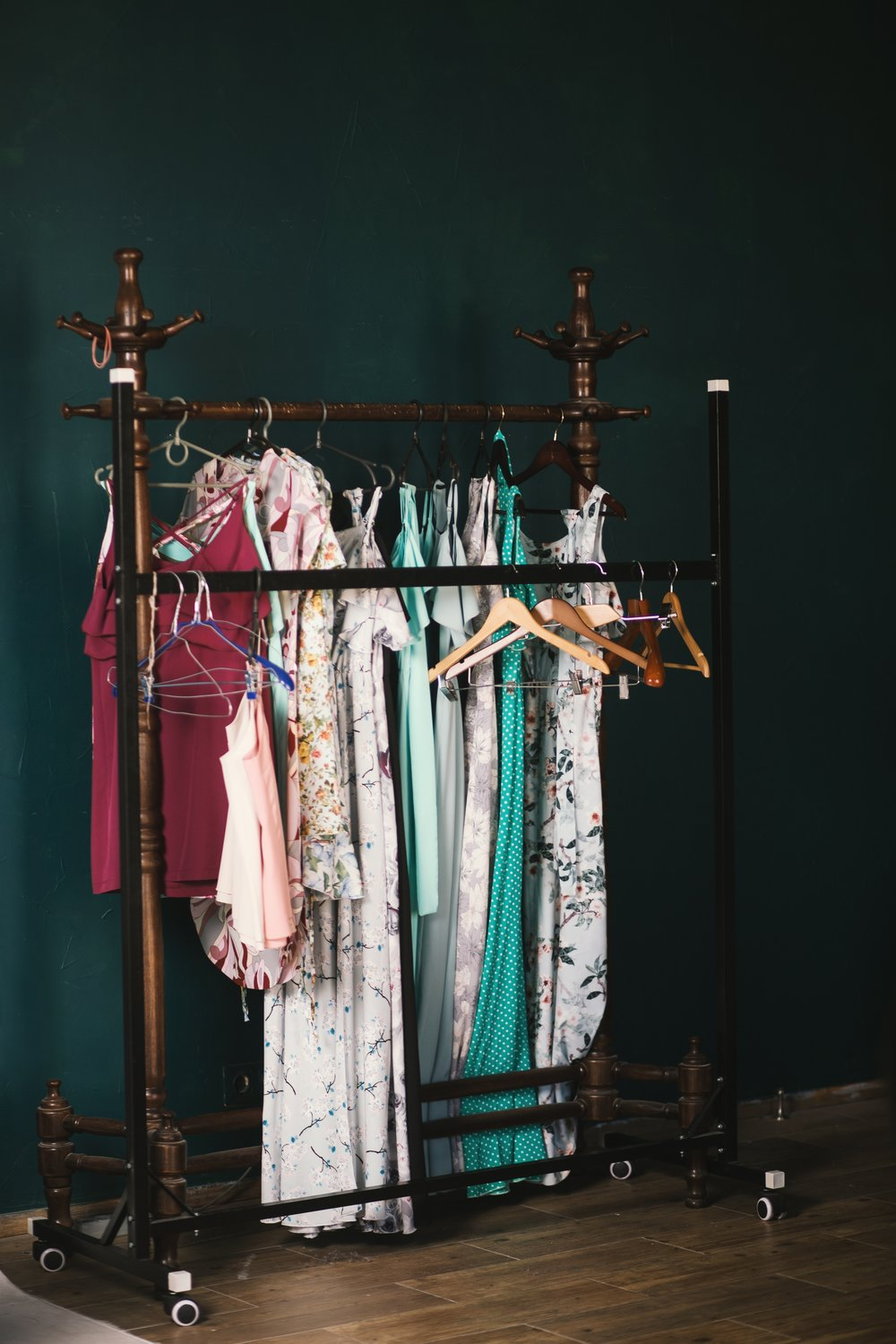 clothes-clothes-hanger-clothing-1148957.jpg