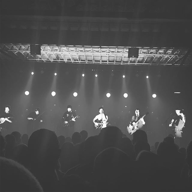 @actualwolfmusic and @tbtduluth put on the most dynamic show I've seen in months last night. Check them out! . . . . . . #kc #kcmo #kansascity #music #thetruman #livemusic #soldoutaf #folkalliance #datenight #fun