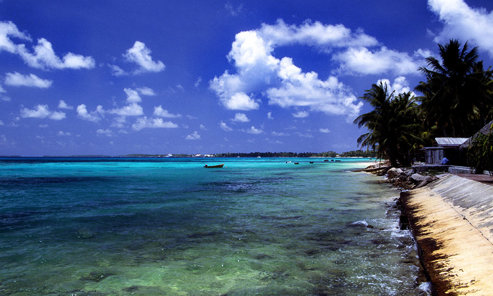 A beach at Funafuti atoll, Tuvalu, on a sunny day CC BY 2.0 Stefan Lins