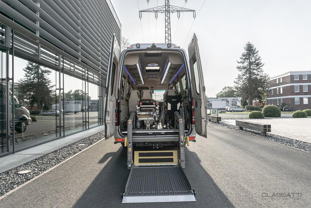 Classatti_Mercedes_Sprinter_Handicap_safe_1.jpg