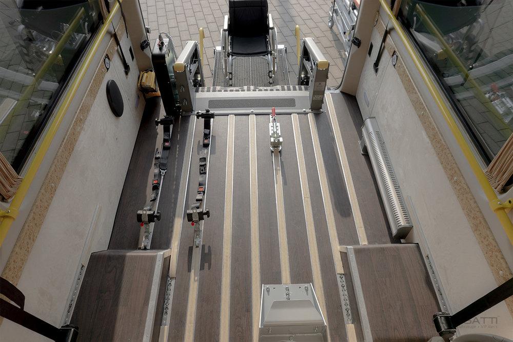 Classatti_Mercedes_Sprinter_Handicap_safe_5.jpg