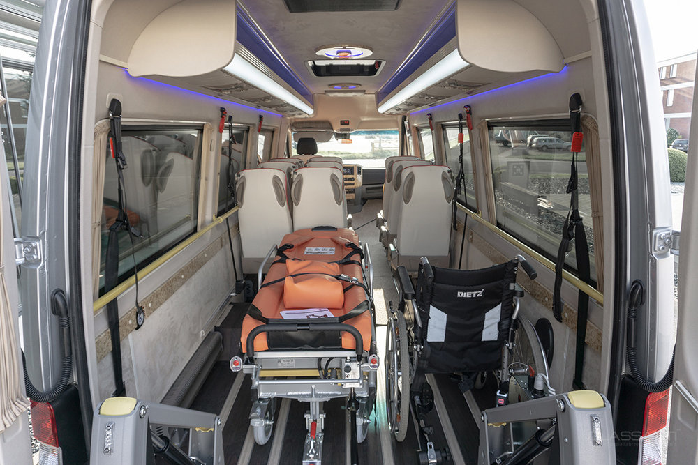 Classatti_Mercedes_Sprinter_Handicap_safe_2.jpg