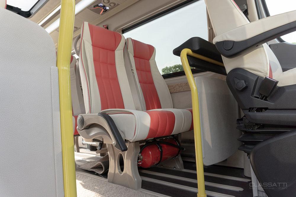 Classatti_Mercedes_Sprinter_Handicap_safe_8.jpg