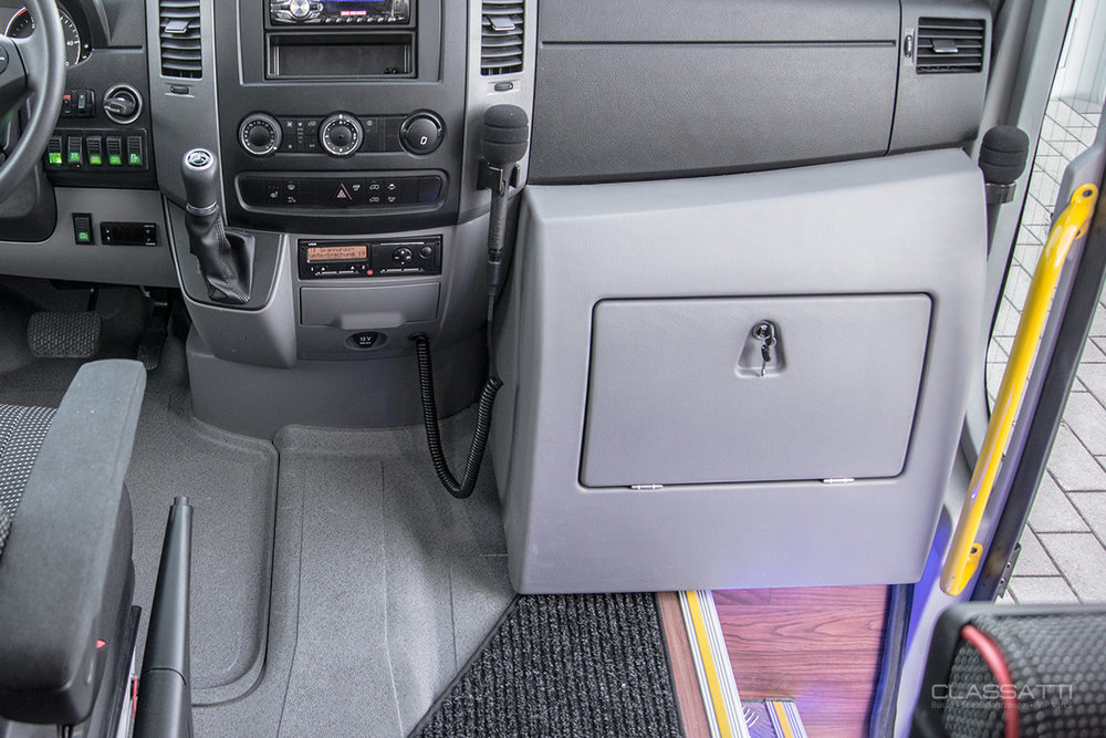Classatti_Mercedes_Sprinter_Tourer_safe_5.jpg