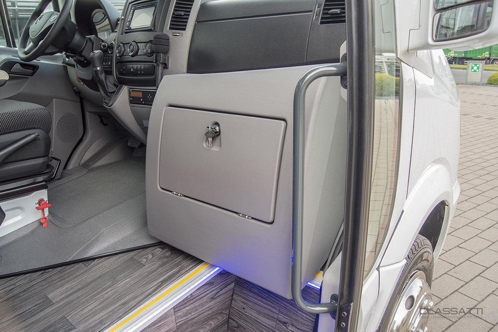 Classatti_Mercedes_Sprinter_komfort_safe_5.jpg