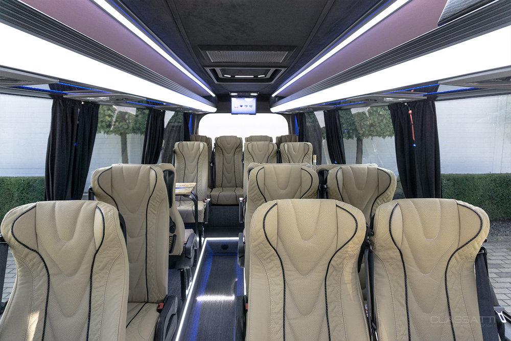 Classatti_Mercedes_Sprinter_Tourer_Avantgarde_safe_2.jpg