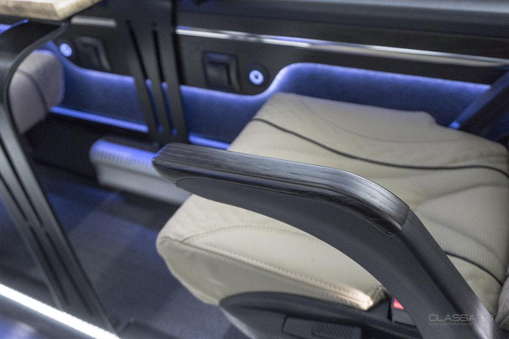 Classatti_Mercedes_Sprinter_Tourer_Avantgarde_safe_6.jpg
