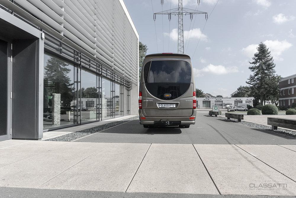 Classatti_Mercedes_Sprinter_Tourer_Avantgarde_safe_12.jpg