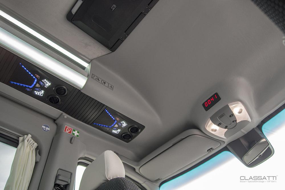 Classatti_Mercedes_Sprinter_Comfort_safe_4.jpg