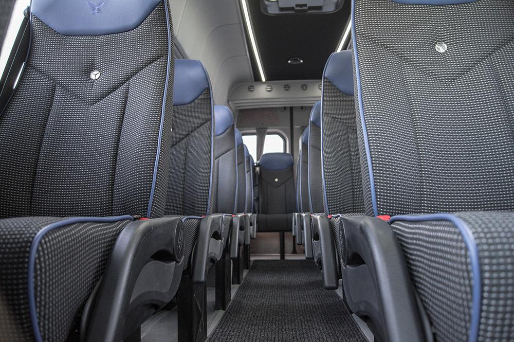 Classatti_Mercedes_Sprinter_Schulbus (4).jpg