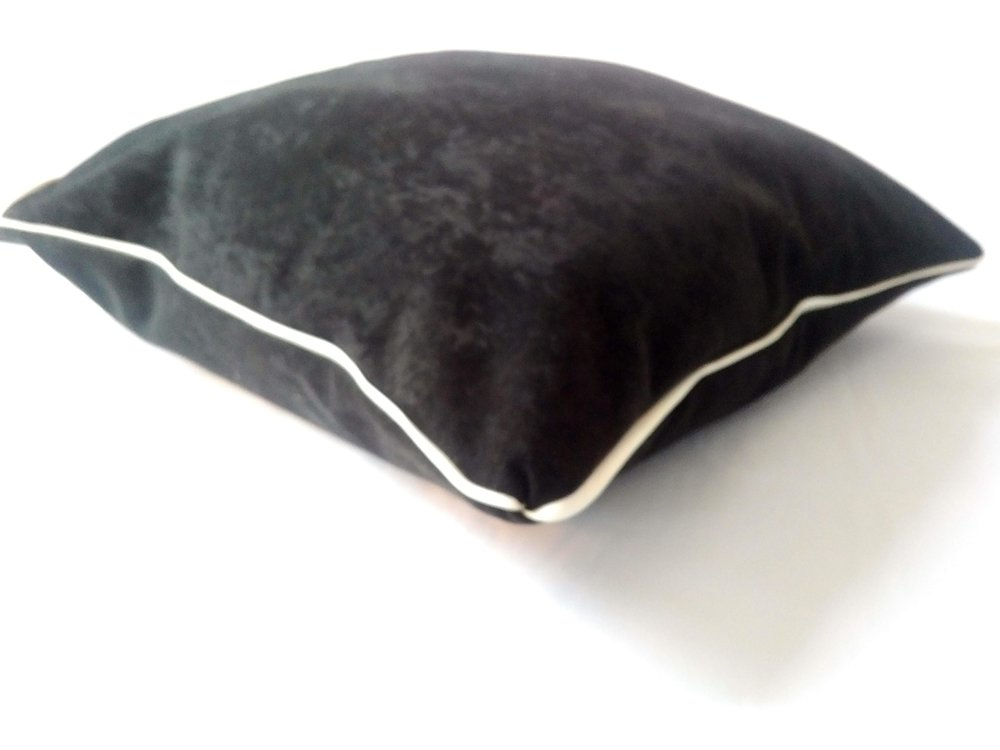 White Leather Trimmed Pet Bed