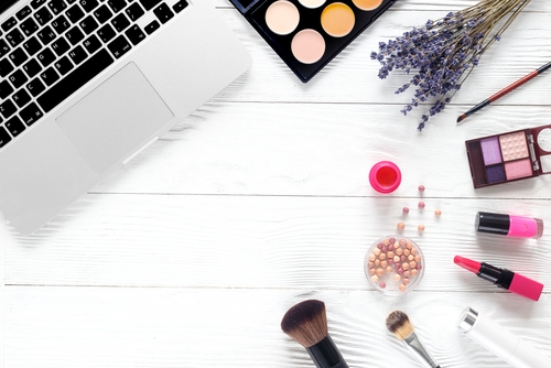 Clear up your Skin - In 4 weeks or less, you can have a totally different appearance and the confidence you yearn for.In this 4 week online course, you'll learn what could be causing your