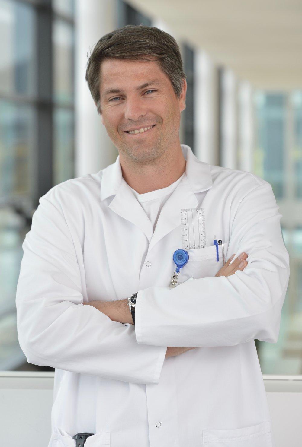 Dr. med. Matthias Schmied (Facharzt FMH für Orthopädische Chirurgie)