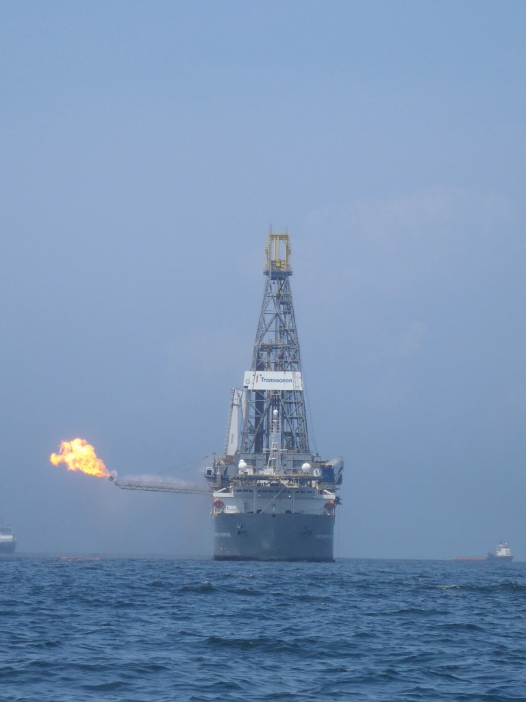 Discoverer Enterprise methane flare