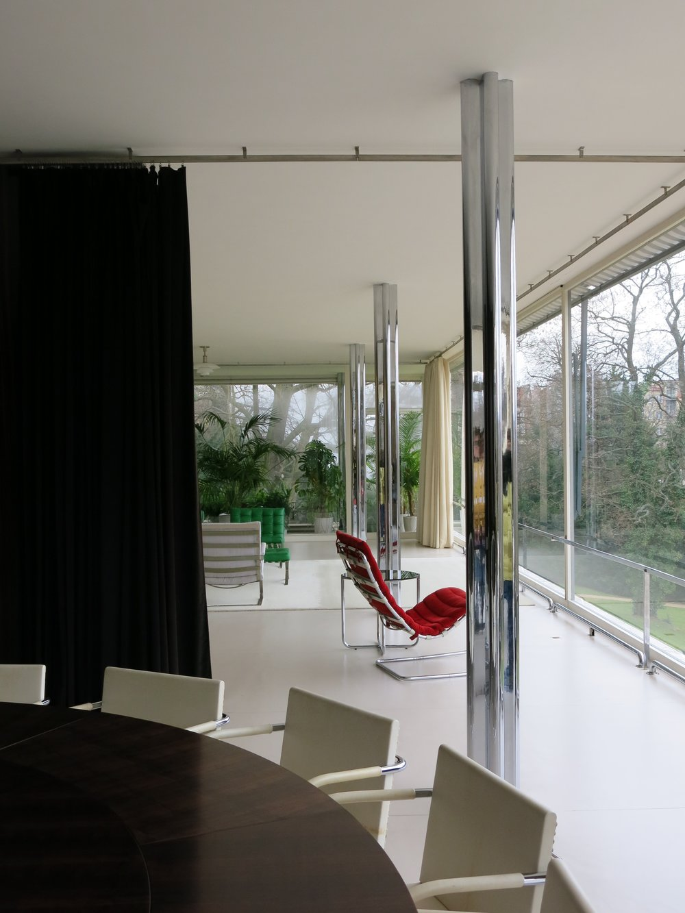 Rugendhat House, Mies Van der Rohe