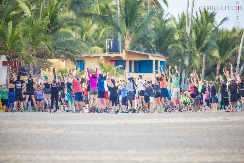"VIDA EN SAYULITA - Sayulita es una comunidad activa. La mayoría de los residentes pasan parte de su día practicando surf, remar, correr o practicar yoga. Ponemos ese estilo de vida delante de nuestros asistentes con eventos de estilo de vida activos.Thursday - Yoga en las Olas.Registration: 9:00-9:30 AM day of, or register in plaza Jan. 28-30) Event: 9:30-11:00 AM, Brisa Mar Palapa, $200p contribution (1st come 1st served commemorative gift)Registro: 9:00-9:30 AM Jan 31, o pre-inscripción en la plaza del 28 al 30 de enero) Evento: 9:30-11:00 AM, Brisa Mar Palapa, contribución de $200p (cupo limitado c/obsequio conmemorativo)Yoga en las Olas: Immerse yourself in waves of energy, sound, and ocean! Hatha Flow bi-lingual practice led by internationally-renowned Narayani (Owner, Paraiso Yoga Sayulita) accompanied by Crystal Sound Healing from Máximo Fava (Vancouver, BC) and Crystal Bowl Closing Meditation with Carmela Carlyle (Sayulita/SF, CA).Yoga en las Olas: ¡Rodéate en olas/ondas de energía, sonido y océano! Práctica bilingual de Hatha Flow, instruido por Narayani (Dueña, Paraiso Yoga Sayulita) de renombre internacional, acompañado por Máximo Fava (Vancouver, BC) y su sanación con sonido de cristal. Cerrado con meditación con sonido de cristal, guiado por Carmela Carlyle (Sayulita/SF, CA).Viernes - Stumble in the Jungle Fun Run. (8:30am inscription or sign up in the plaza during the week) 9am run start - Las Sirenas Beach Club $100p contribution / (first come first served commemorative gift) - ""Festival Sayulita's 5th annual Stumble in the Jungle 5k / 10k Fun Run is a Sayulita tradition. Taking it's runners of all ages and experience levels through 2 beautiful Sayulita beaches and up through the gorgeous jungle hills all the way to San Pancho and back. Wrapping it all up with Margaritas at Las Sirenas Beach Club , this is a morning not to be missed!"" -""La 5ta carrera anual de Festival Sayulita Stumble in the Jungle 5k / 10k es una tradición de Sayulita. Tomando a corredores de todas las edades y niveles de experiencia a través de 2 hermosas playas de Sayulita y hasta las hermosas colinas de la selva hasta San Pancho y de regreso. Envolviéndolo todo con Margaritas en el restaurante Las Sirenas Beach Club , ¡esta es una mañana que no debe perderse! ""Sabado - Introduction to SUP! Come learn this amazing sport with family and friends. All welcome! 9-10:30 AM, Mi Chaparitta, Main Beach"