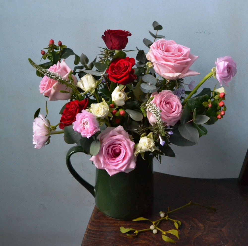 Webb-and-Farrer-Arrange-Flowers-in-Vase-at-Home.jpg