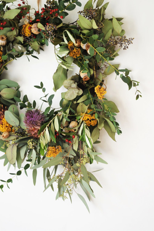 How-to-make-an-autumn-wreath-webb-and-farrer-brighton-flower-workshop (18).JPG