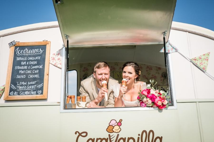 Lesley Burdett Photography  and  Caravanilla  icecream van