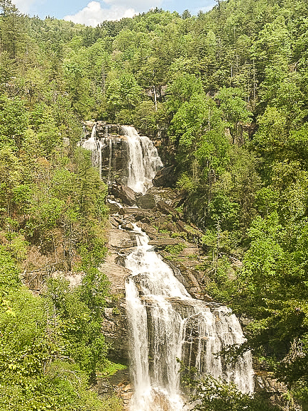 Falling over 800 feet, Whitewater is the highest falls East of the Rockies.