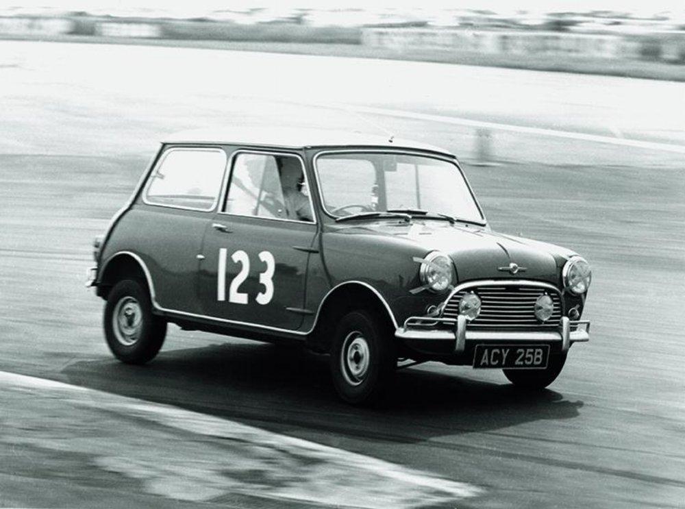 Ferrous Magazine Arsenal The Little British Car That Could The Mini