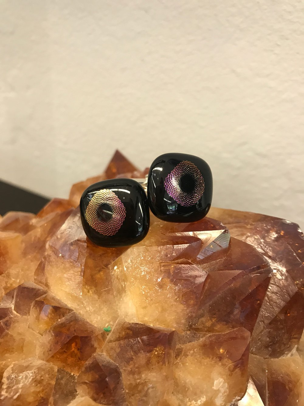 Matching cufflinks so the men can be just as dazzling as the ladies