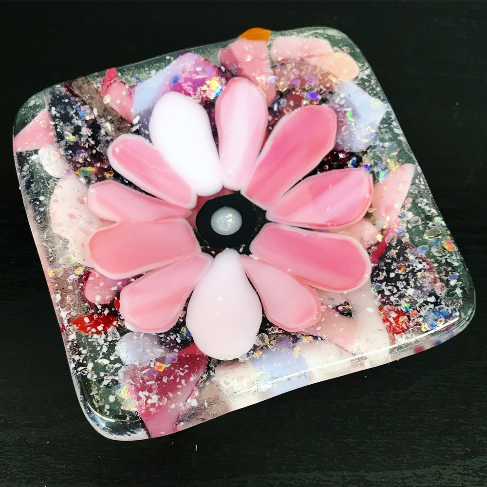 Keep your new jewelry safe with a beautiful little ring dish