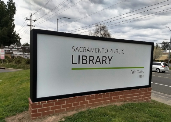 sacramento-library-sign-cindyfazzipic.jpg