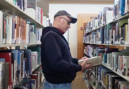 folsom-library-malereader-cindyfazzipic.jpg