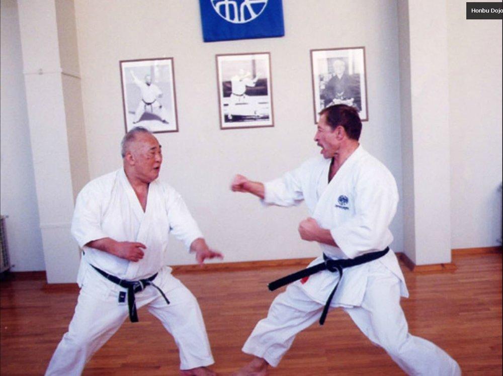 6-Kumite-Honbu-Dojo-Athens-1998.jpg