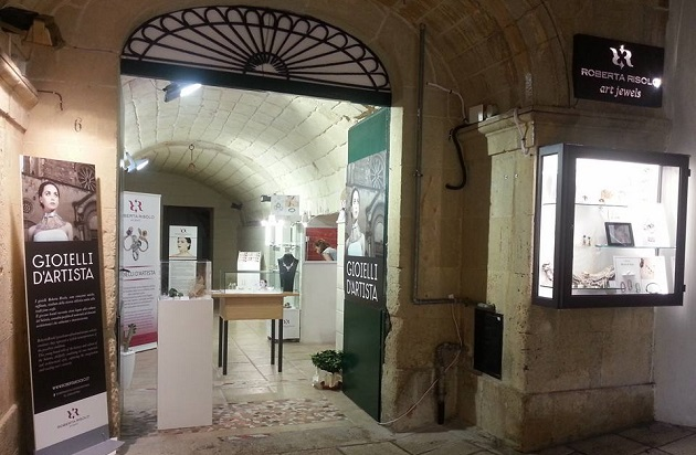 showroom-otranto-roberta-risolo-fb-01.jpg