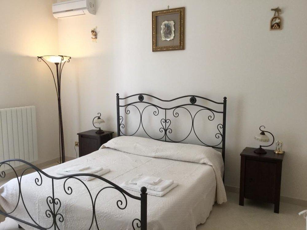 Maison Bedroom.jpg