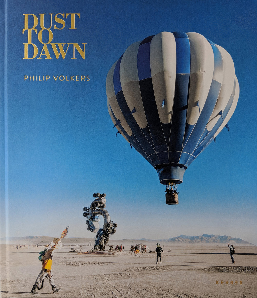 ORDER NOW - Signed by Philip Volkers.Hardcover, 32.3CM x 27.9cm216 pagesPrice £45EnglishISBN978-3-86828-840-7
