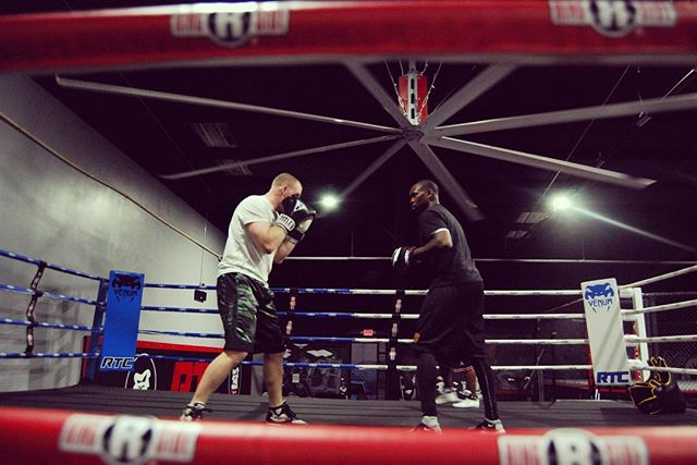 Come train with a champ!! Adult boxing tonight at 6pm with the one & only, Coach Smoke Gainer! 🥊