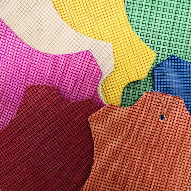 🤩🤩🤩🤩🤩🤩🤩Prossimamente nuovi colori e nuovi modelli per voi💕😍👈👈 www.woowebrand.com  #fashionblogger #influencer #instacool #yum #instagood #wood #woods #amazing #animalfriends #sneakers #ethicalfashion #exclusiveshoes #ecoproject #ecoshoes #eco #animalfriendly #productdesign #fashiongram #fashionstyle #ecosostenibile #news #newcolors #legnocolorato #rasoeco #woodshoes #madeinitaly #fattoamano #vigevano #milano #italianshoes  Seguiteci per scoprire i nostri nuovi modelli!