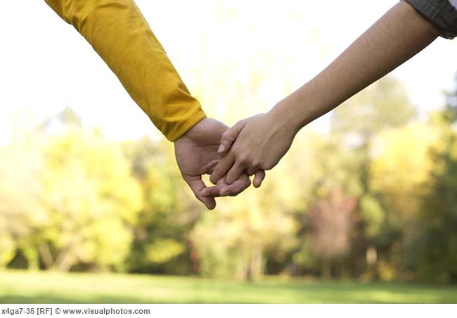 teenage_couple_hand_in_hand_part_of_close-up_x4ga7-35.jpg