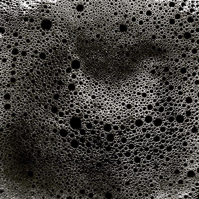 """""""Absorption"""" - niets is wat het lijkt. Modificatie van opgeschuimd melk."""