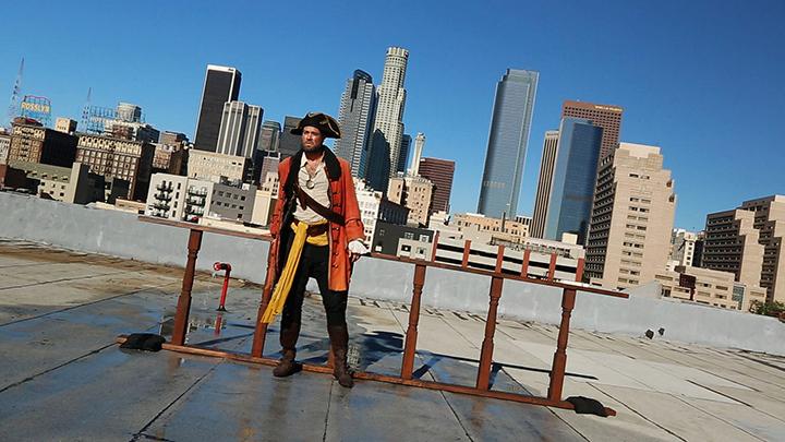 Julie Orser, Captain Rooftop