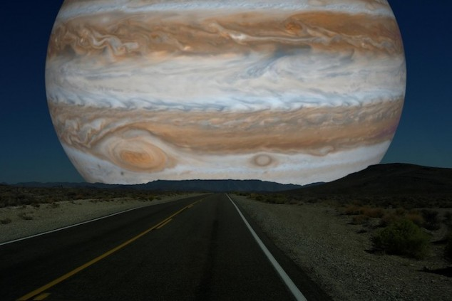 Planets-Replace-the-Moon-07-634x423