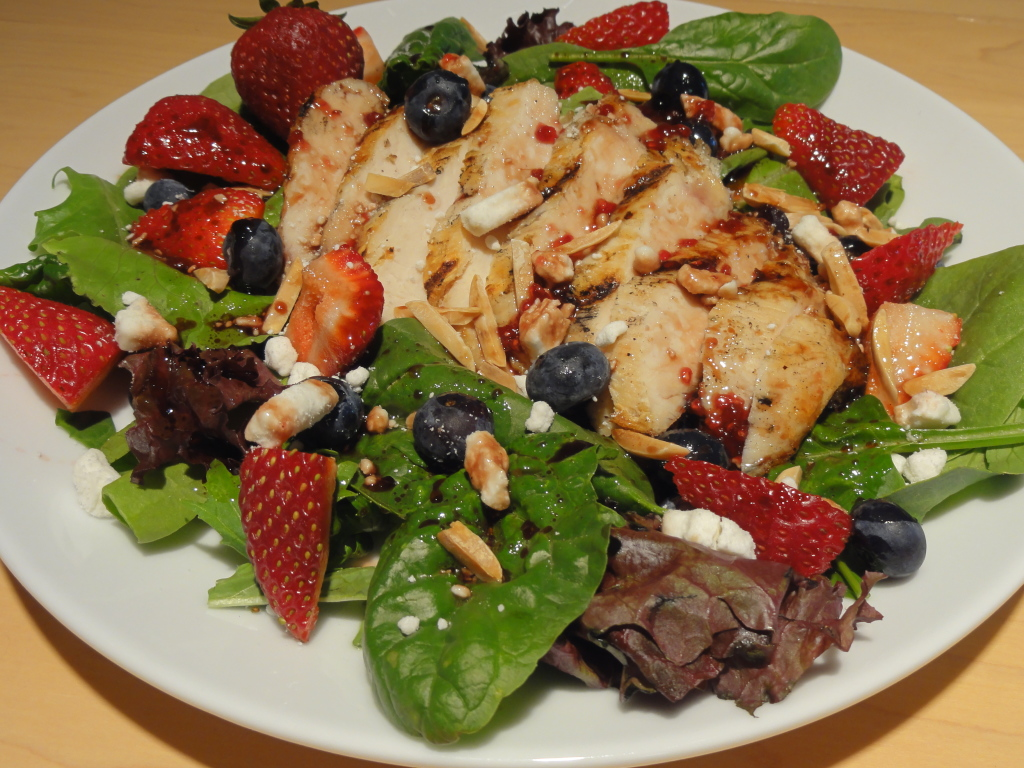 grilled chicken and berry salad (7)