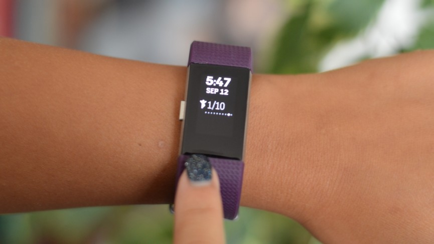 fitbit-charge-2-review-tapping-1475016482-rxj2-column-width-inline