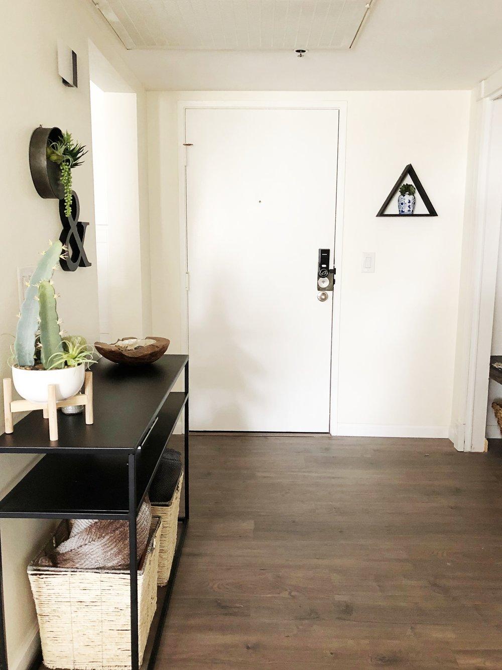 Entry way 3.jpg