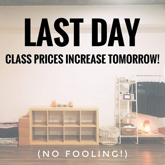 ⭐FINAL REMINDER⭐ . This is your last day to purchase class packs at their current pricing before they increase tomorrow morning! ⏰ . Split a pack with a friend, stock up for summer or give *yourself* the gift of self-care. 🤲 (Pro Tip: You can still purchase class packs even if you still have a few classes left in your current package!) . Head to moodraphx.com or use the free MOODRA app to save $$$ and take advantage of our low prices while they're still here! 💰 . We'll see you in class! 🧘♀️🧘♂️ . . . . . #dtphx #downtownphoenix #myphx #phoenix #arizona #phx #yoga #yogi #yogini #yogastudio #yogaphoenix #stretch #meditate #meditation #relax #healthandwellness #healthylifestyle #healthandfitness #balance #soundhealing #moodraphx